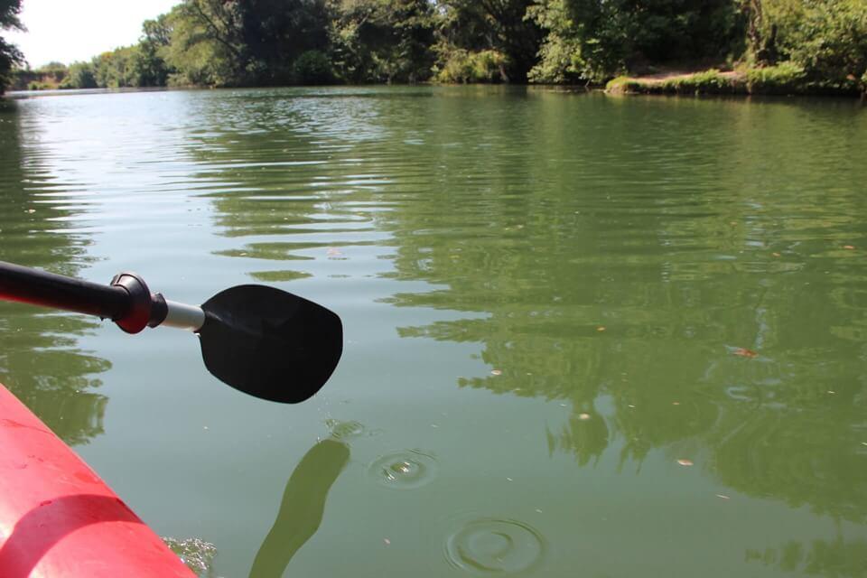 http://www.kayak-paddle-frejus.fr/wp-content/uploads/2017/06/canoe-kayak-au-fil-de-l-eau.jpg