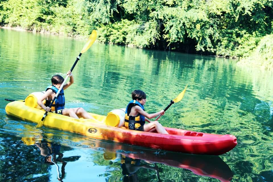 http://www.kayak-paddle-frejus.fr/wp-content/uploads/2017/06/canoe-kayak-frejus-1.jpg