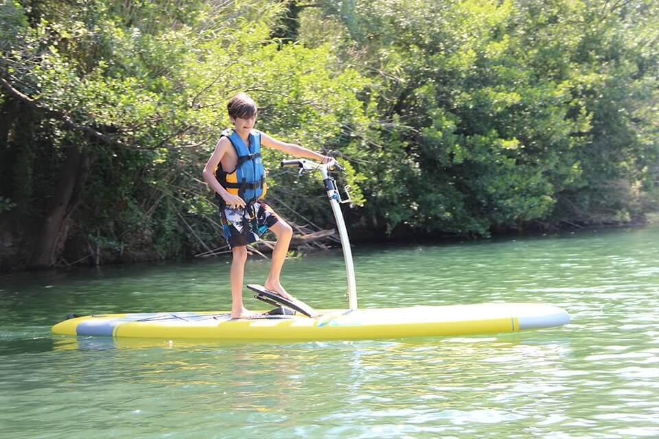 http://www.kayak-paddle-frejus.fr/wp-content/uploads/2017/06/paddle-stepper-sur-l-argens.jpg