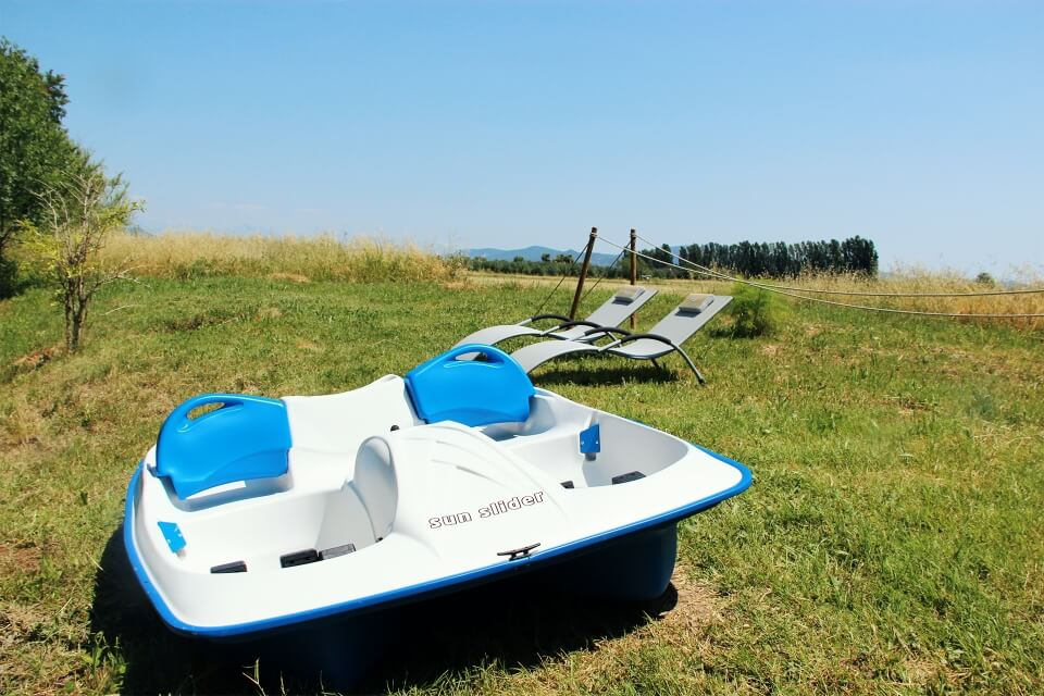 http://www.kayak-paddle-frejus.fr/wp-content/uploads/2017/06/pedalo-frejus-2.jpg